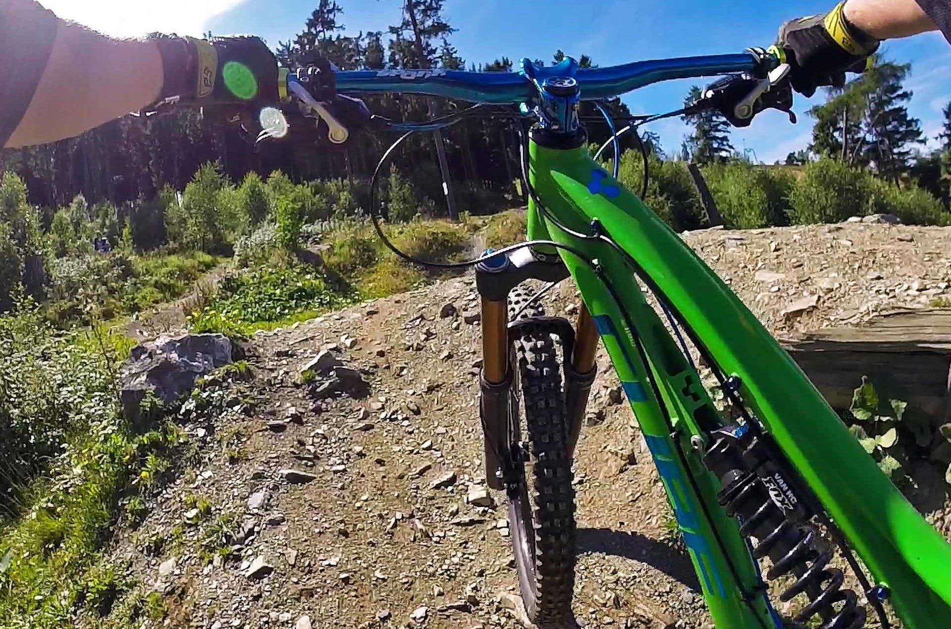 mountain-bike-1194386_1280-altezza